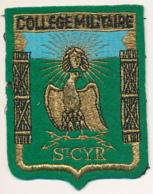 Ecusson Brodé : Collège Militaire De Saint-Cyr (Yvelines) - Ecussons Tissu