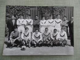 GRANDE PHOTO EQUIPE DE FOOT GIRONDINS DE BORDEAUX  SAISON 1967-68 - Sports