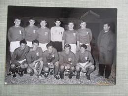 GRANDE PHOTO EQUIPE DE FOOT EQUIPE DE FRANCE JUNIORS  SAISON 1966-67 - Sports