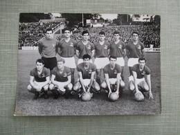 GRANDE PHOTO EQUIPE DE FOOT FRANCE NORVEGE EQUIPE DE FRANCE 15 SEPTEMBRE 1965 - Sporten
