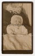 CDV Vigneron Photographie (?). Portrait Post-mortem D'un Enfant. - Photos
