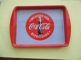Plateau Métal  Coca-Cola  - Coke- Dom 20cm*14cm - Plateaux