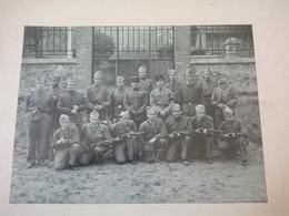 GRANDE PHOTO SOLDAT MITRAILLEUR 4E REGIMENT - Guerre, Militaire