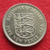 Jersey 5 New Pence 1968 KM# 32 - Jersey