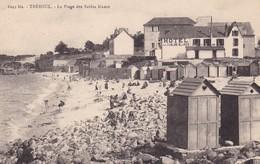 29.  TREBOUL . CPA  LA PLAGE DES SABLES BLANCS. ANNEE 1926 + TEXTE - Dolmen & Menhire