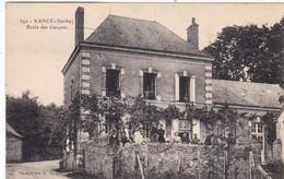 72. VANCE. CPA . ANIMATION. ECOLE DE GARÇONS. ANNEE 1932 + TEXTE - France