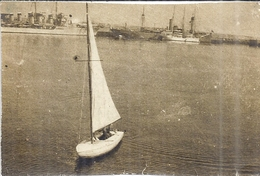 L'ALBATROS  ET DEUX BATEAUX DE GUERRE   PHOTO SEPIA  15 Août 1939 - Boats