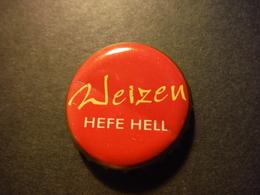 Capsule De Bière Avec Inscription Weizen Hefe Hell - DEUTSCHLAND - Birra