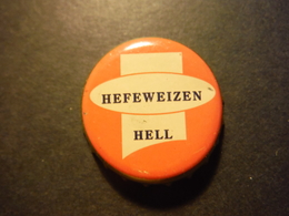 Capsule De Bière Avec Inscription Hefeweizen Hell - DEUTSCHLAND - Birra
