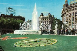 CP BARCELONA - Place Catalogne, Horloge Florale - Barcelona