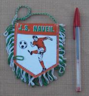 Sport 012, Football Fanion Foot JS Naveil - Loir Et Cher - Kleding, Souvenirs & Andere