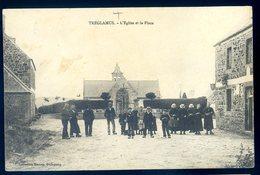 Cpa Du 22  Tréglamus L' église Et La Place  -- Près De Guingamp  LZ18 - Guingamp