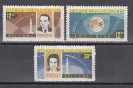 1964  Yvert Nº 360 / 362  MH, Viajes Espaciales, V. Bykovsky - Vietnam