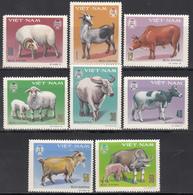 1979 Yvert Nº 154 / 161   MNH,   Animales Domésticos Con Cuernos - Vietnam