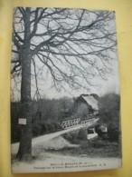 49 5252 CPA 1931 - 49 BOUILLE-MENARD. PAYSAGE SUR LE VIEUX MOULIN ET LA PASSERELLE - EDITION A. BRUEL - Otros Municipios
