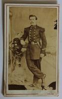 CDV Photo Originale Portrait Soldat 98 Au Col Et Képi 98 RI ? - Guerra, Militares