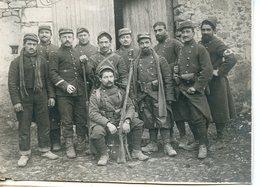 1444. PHOTO  02 GLENNES. GROUPE DE MILITAIRES DE LA 5è COMPAGNIE 1914 - Guerra, Militares