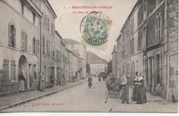 88 BRUYERES La Rue De L'Hôpital - Bruyeres