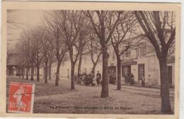 ILE D'OLERON SAINT GEORGES PLACE DE L'EGLISE BOULANGERIE PARISIENNE 1913 CPA GLACEE TBE - Ile D'Oléron