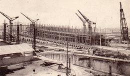 83 LA SEYNE SUR MER  FORGES ET CHANTIERS VUE SUR LES CHANTIERS DE CONSTRUCTION - La Seyne-sur-Mer