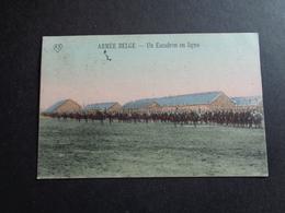 Armée ( 25 ) Belge   :  Un Escadron En Ligne - Manoeuvres