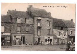 YEVRES PLACE DE L EGLISE BOULANGERIE STATION ESSENCE AUTRES COMMERCES ANIMEE - France
