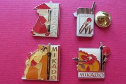 4 Pin's,alimentaire,chocolat,MIKADO,Japan Japon - Markennamen