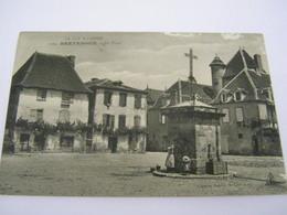 C.P.A.- Bretenoux (46) - La Place - 1910 - SUP (CM 59) - Bretenoux