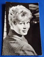 Portrait BRIGITTE BARDOT # Alte KuB-Star-Foto-AK # [19-1037] - Schauspieler
