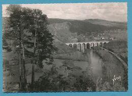 La Suisse Normande - CLECY - Panorama Du Viaduc - Carte Circulé 1952 - Clécy