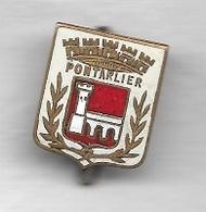 Pin's, Broche  Ancienne  Ville  PONTARLIER  ( 25 ) - Villes