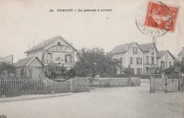 CPA  95 ERMONT LE PASSAGE A NIVEAU - Ermont