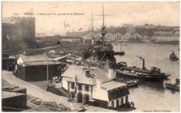 29 BREST - L'avant-port De Guerre Et Le Chateau - Brest