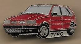 Pin's Fiat Tipo Rouge (devant Et Côté Conducteur) - Fiat