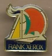 Pin's Rank Xerox Voilier Informatique - Informatique