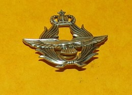 ARMEE DE L'AIR DU ROYAUME DU MAROC   , FABRICANT ARTHUS BERTRAND PARIS , ETAT VOIR PHOTO. POUR TOUT RENSEIGNEMENT ME CON - Airforce
