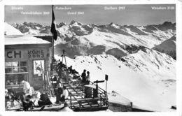 Weissfluhjoch - Skifahrer - GR Grisons