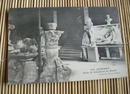 89     -     AUXERRE SALLE DE SCULPTURE DU MUSEE @ CPA VUE RECTO/VERSO AVEC BORDS - Auxerre