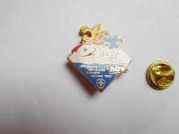 Superbe Pin's En EGF , Scouts Scoutisme , 18th World Jamboree Mondial Holland 1995 , Scout - Associations