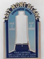 Très Beau Cartonnage Publicitaire Lait Mont Blanc De Rumilly (74) Support Tube Etat Neuf - Werbung