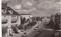 SAINT-CYR-L'ECOLE - Avenue Pierre Curie - CPSM PF - TBE - St. Cyr L'Ecole