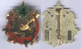 Insigne De La 4e Batterie Du 40e Régiment D'Artillerie - Esercito