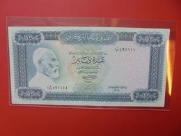 LIBYE 10 DINARS 1971-72 CIRCULER  (B.6) - Libya