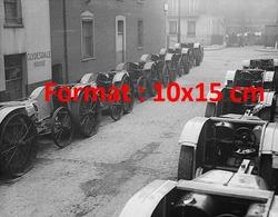 Reproduction D'une Photographie Ancienne De Tracteurs Et Charrues Mécanisées En 1918 - Reproductions