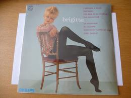 """BRIGITTE BARDOT : """"BRIGITTE""""  -  Vinyl, 10"""", Album 33 T 25 Cm - Détails Sur Les 2 Scans - Collector's Editions"""