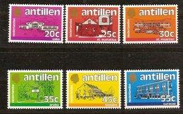 Antilles Néerlandaises Antillen 1983 Yvertn° 694-699  *** MNH Cote 6  € Série Courante - Antilles