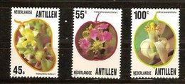 Antilles Néerlandaises Antillen 1983 Yvertn° 684-686 *** MNH Cote 5,50  € Flore Fleurs Bloemen - Antilles