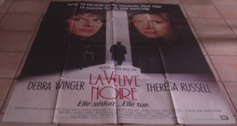 AFFICHE CINEMA ORIGINALE FILM LA VEUVE NOIRE Bob RAFELSON Debra WINGER Theresa RUSSELL 1987 TBE - Affiches & Posters