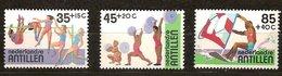 Antilles Néerlandaises Antillen 1983 Yvertn° 674-676*** MNH Cote 4,60  € Sport Surtaxe - Antilles