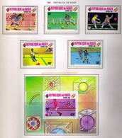NIGER 1981 - WORLD CUP SPAIN'82 - YVERT Nº 520-524 + BF 32 - MICHEL 719-723 + BLOCK 31 - SCOTT 521-525 + BLOCK SS526 - Níger (1960-...)
